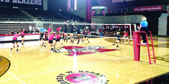 Volleyball is working hard before their last two games, which will determine if they get into the GSC tournament. (Seth Williams/THE SPECTATOR)